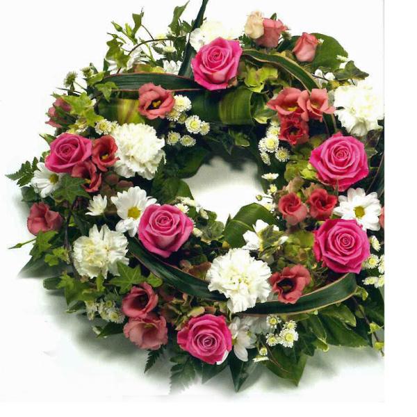 Pink loose wreath